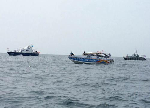 พบแล้วศพ2ชาวเกาหลีใต้ติดใต้ซากเรือสปีดโบ๊ท